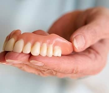 Quality Dentures Willoughby Hills