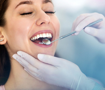 Professional Teeth Whitening in Willoughby Hills OH area